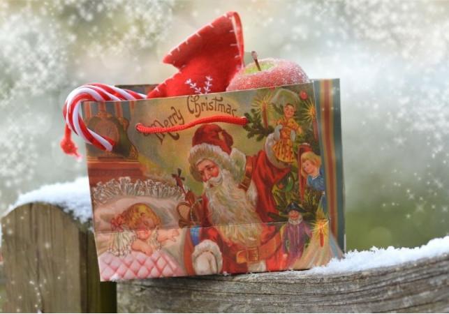 Budite i vi Deda Mraz